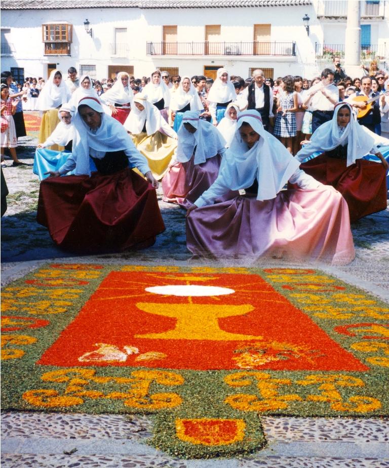 Alfombras en el corpus christi blog fernando de rojas for El paraiso de las alfombras